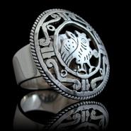 Lambousa ring